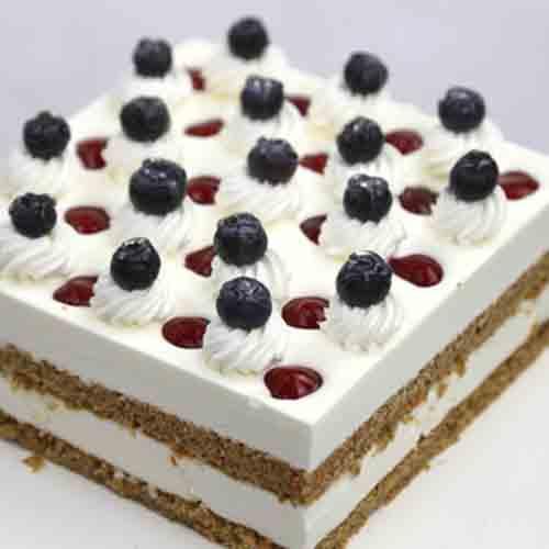 自制蓝莓奶油蛋糕
