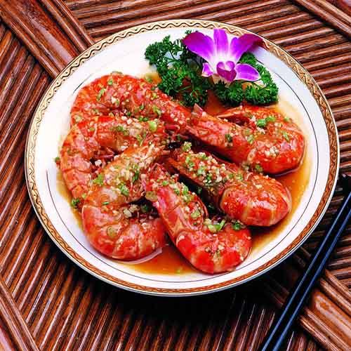 喷香的潜江五七油焖大虾