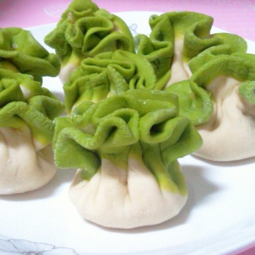 诱人的翡翠饺