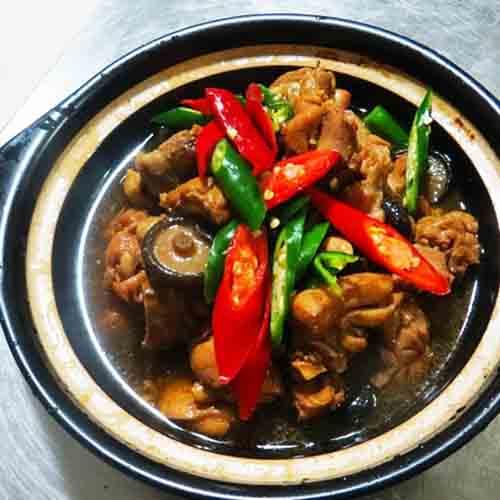 玉盘珍馐的黄焖鸡米饭