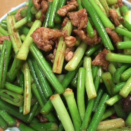 好吃的蒜苔炒肉的做法