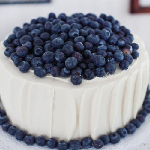 不错的蓝莓奶油蛋糕