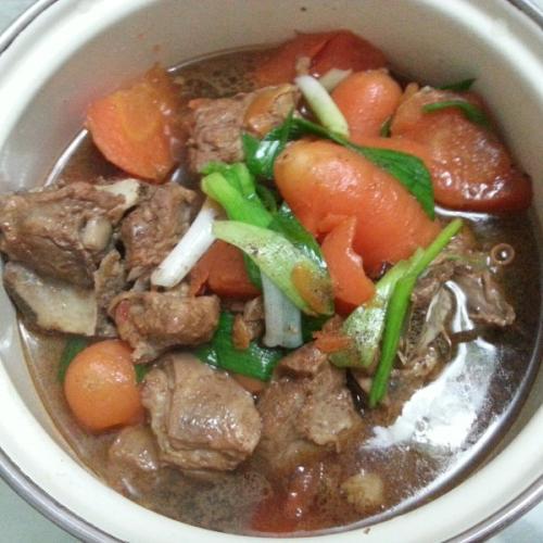 红烧羊肉炖萝卜的做法