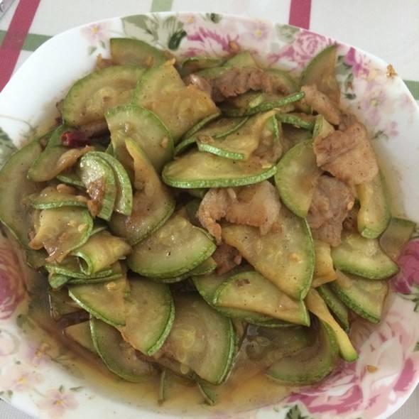 肉炒西葫芦