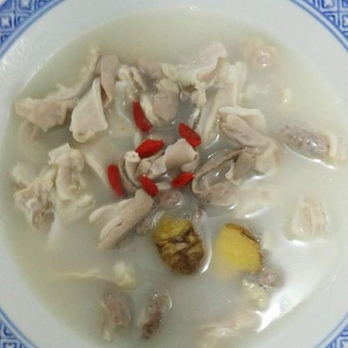黄豆猪肚汤