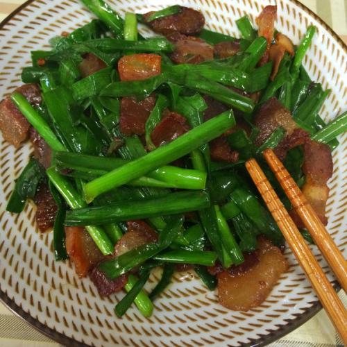 韭菜豆干炒湖南腊肉