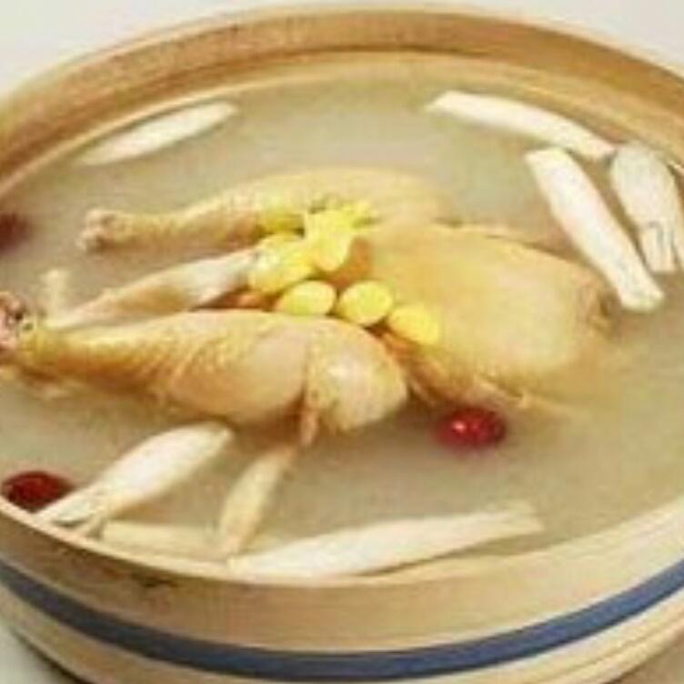 鲜笋老鸡汤