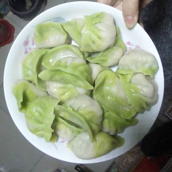 菠菜鸡蛋水饺