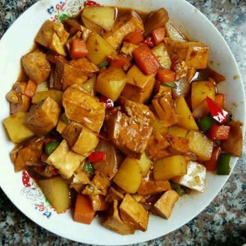 土豆烧豆腐