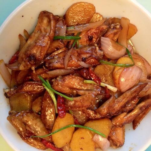 洋葱焖鸡翅