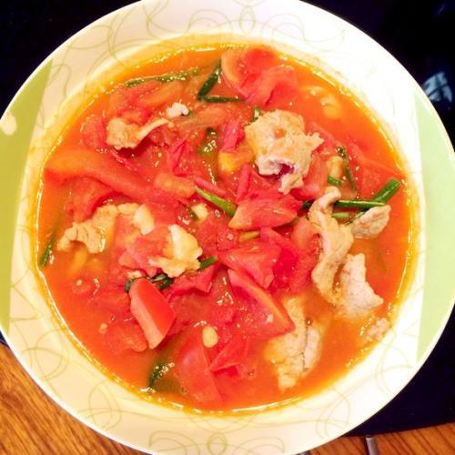 可口的番茄肉片