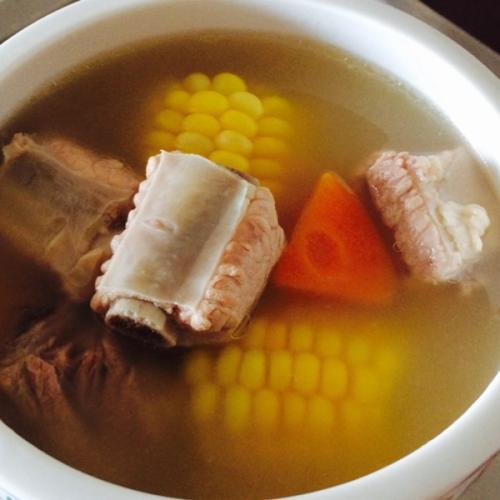 玉米萝卜汤