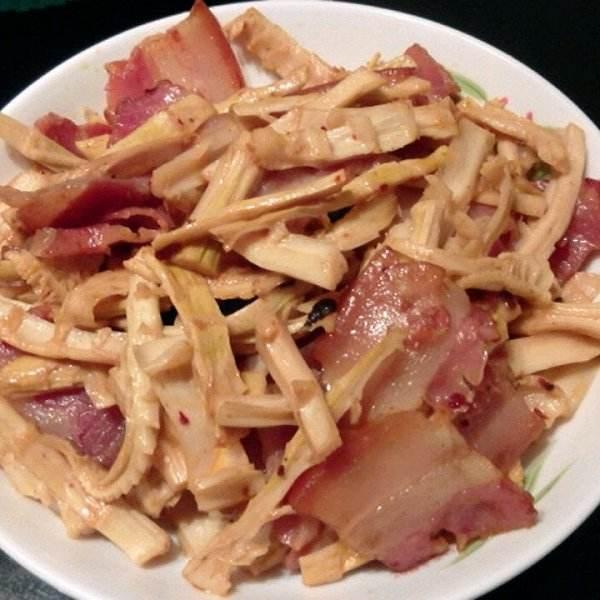 肉片炒春笋