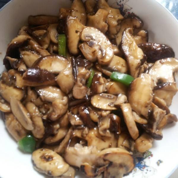黑胡椒蒜香蘑菇