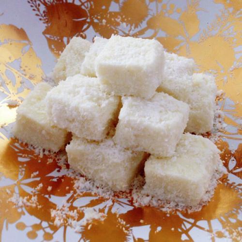 椰丝白糖小面包