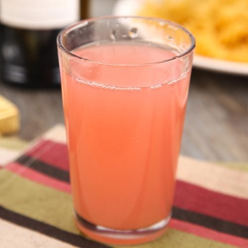 鲜榨西柚汁
