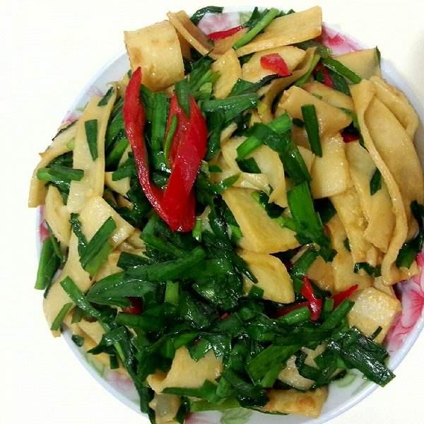 韭菜炖豆腐
