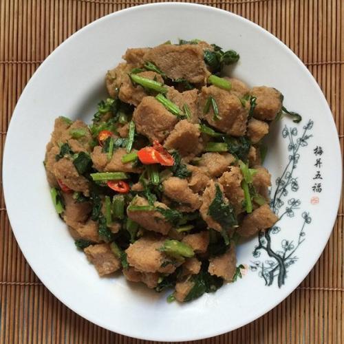 芹菜煎豆渣