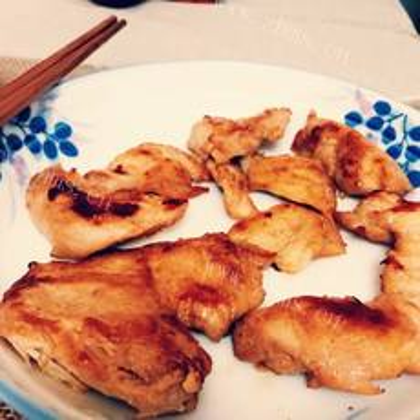 香煎鸡脯肉