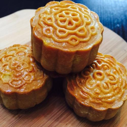 金沙奶黄月饼