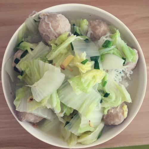 白菜鱼丸汤