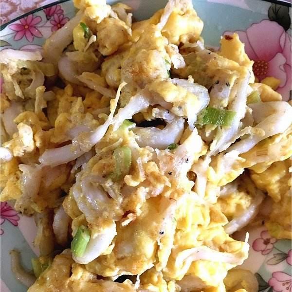 面条鱼摊鸡蛋