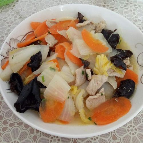 白菜木耳炒肉片