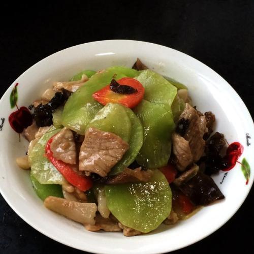瘦肉炒莴笋