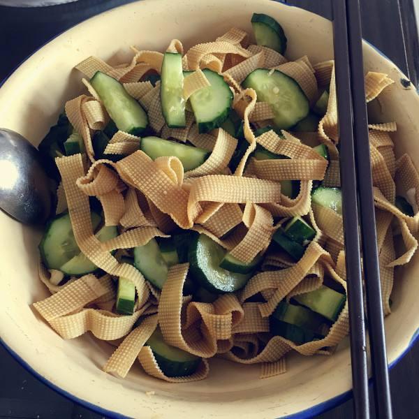 凉拌黄瓜豆腐皮