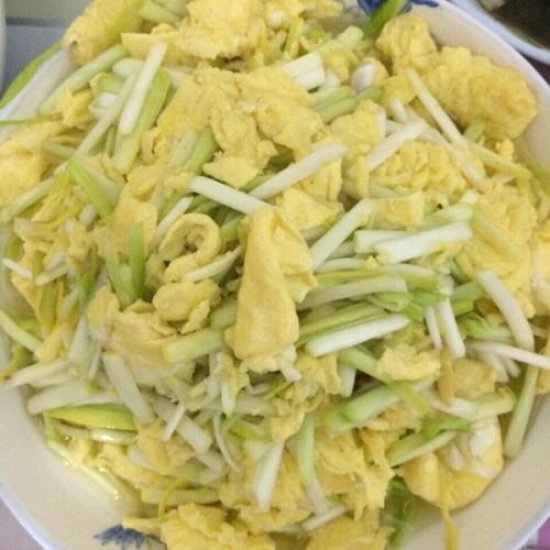 蒜黄煎鸡蛋