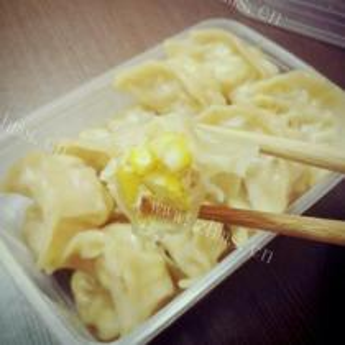 胡萝卜玉米饺子