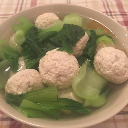 鸡肉丸子汤
