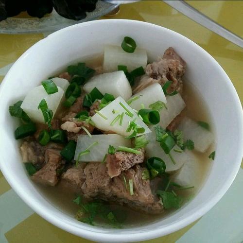 白萝卜苹果牛肉汤