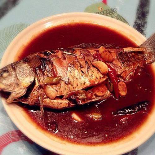 红烧鲤鱼块
