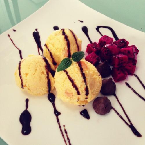 芒果酸奶冰激凌