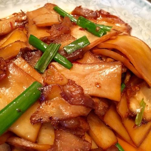 杏鲍菇西红柿炒肉