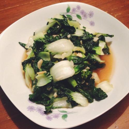 蒜蓉奶白菜