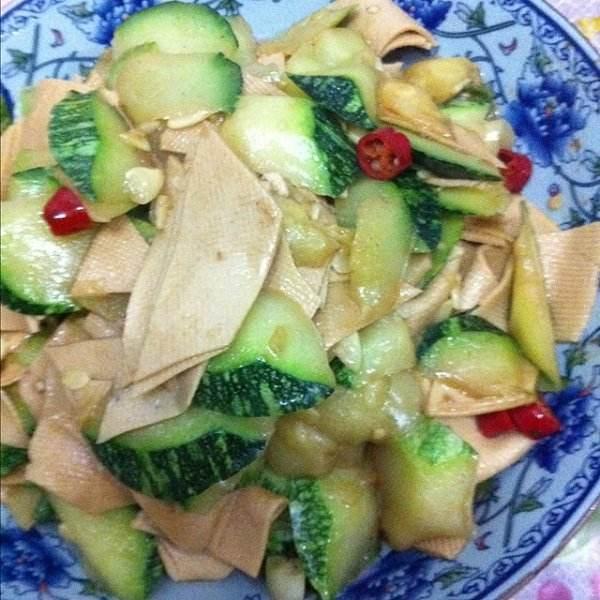 白菜炒豆片