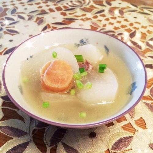 干贝萝卜汤