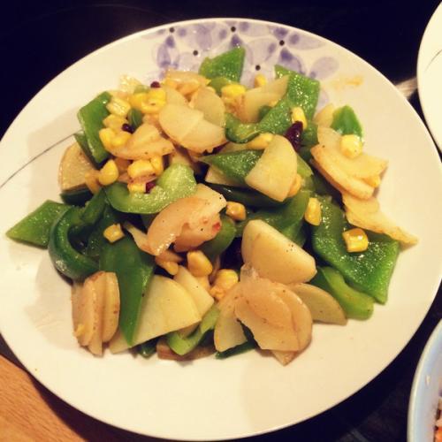 家常菜青椒土豆