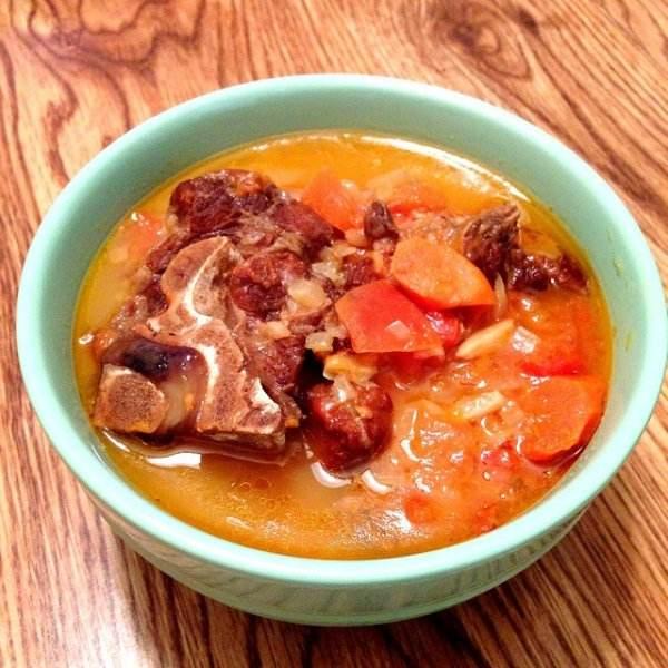 黄豆牛肉汤