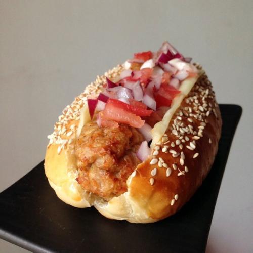 番茄洋葱面包