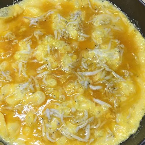 银鱼煎鸡蛋