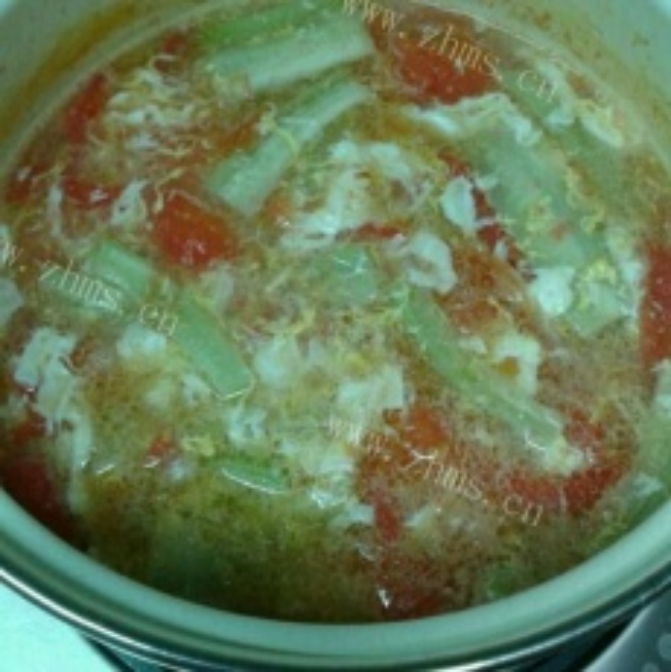 美味皮蛋蕃茄丝瓜汤