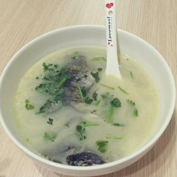 牛奶鲫鱼汤
