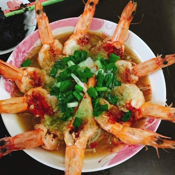 美味蒜蓉粉丝开边虾