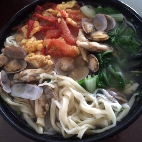 港式海鲜汤面