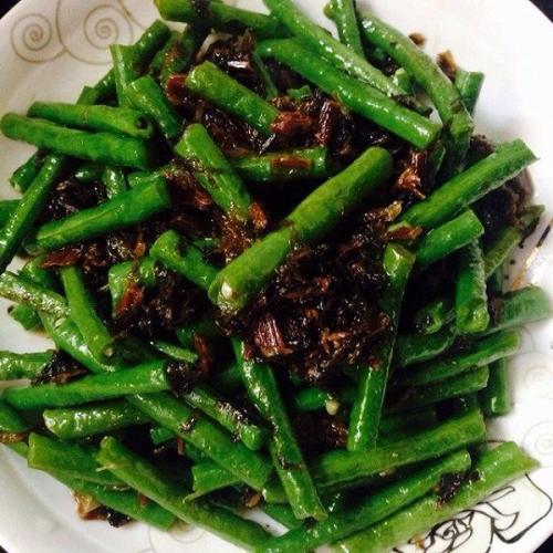 梅干菜炒苦瓜
