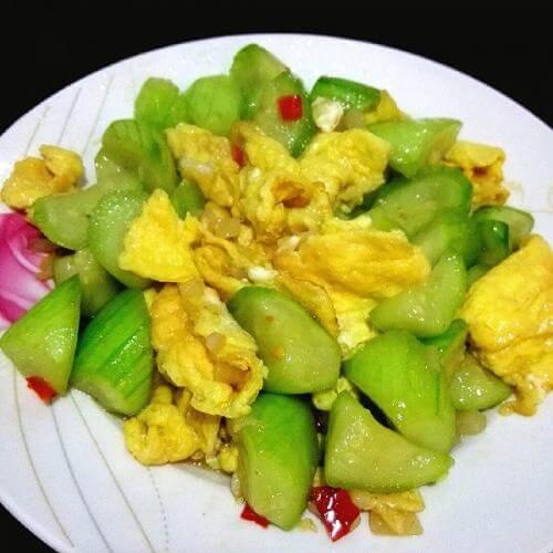剁椒炒鸡蛋
