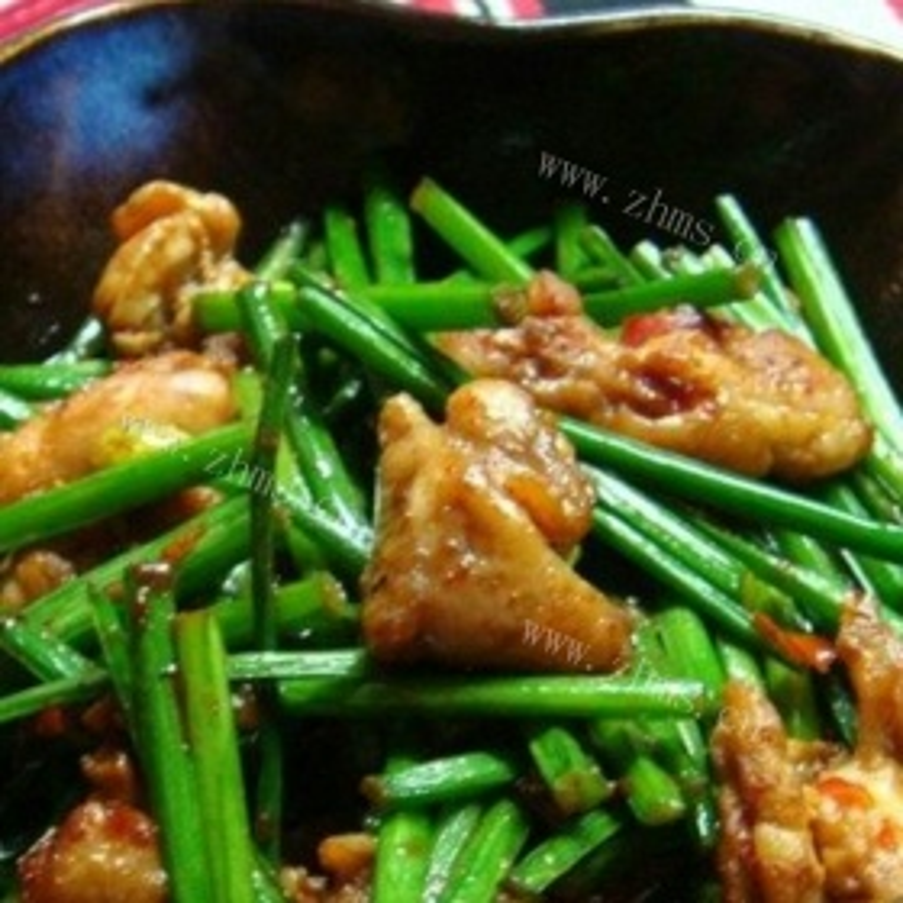 韭菜苔辣炒鸡肉